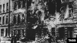 Маяковская улица. Ленинград, 1942