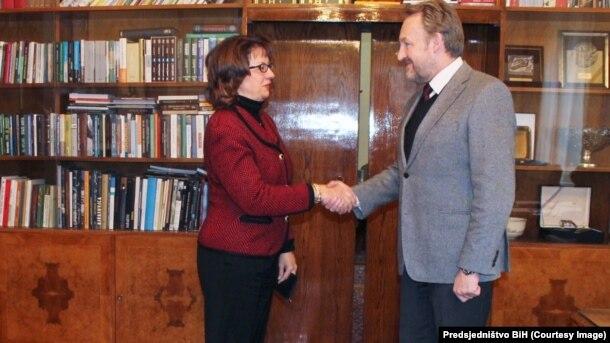 Na susretu o aktuelnoj situaciji u Bosni i Hercegovini: Maureen Cormack i Bakir Izetbegović