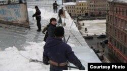 Russia--Sankt-Peterburg Roofs, 2011
