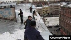 Крыши Санкт-Петербурга зимой опасны для горожан