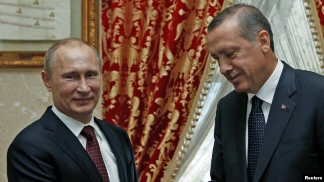 Turkish Prime Minister Recep Tayyip Erdogan (right) meets with Russian President Vladimir Putin in Istanbul.