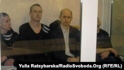 Обвинувачені в залі суду в Дніпропетровську, 17 січня 2013 року