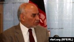 دولت افغانستان در زمینه حل مشکلات موجود در زندانها توجه جدی کند.