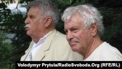 Семен Клюєв (праворуч) під час антиукраїнської акції, 7 вересня 2012 року