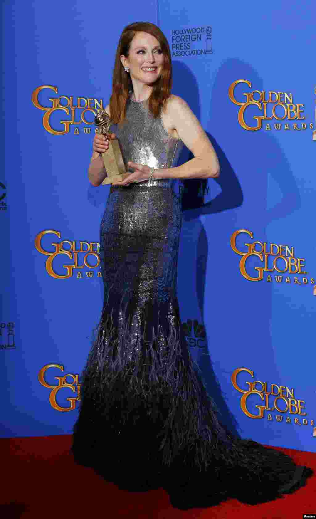 جولین مور٬ بهترین بازیگر نقش اول زن در فیلم درام.