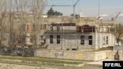 Скопје - Изградба на нов објект покрај кејот