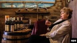 Дегустация вина в подвалах «Массандры». Иллюстрационное фото