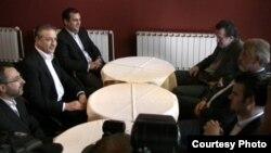 Арбен Џафери пред еден месец присуствуваше на средбата на лидерите на СДСМ и на ДПА, Бранко Црвенковски и Мендух Тачи.