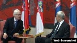 Presidenti Kroacisë, Ivo Josipoviq, dhe ai i Serbisë, Boris Tadiq, Beograd 18 korrik 2010