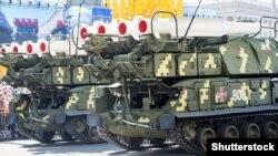Военный парад в Киеве, иллюстрационное фото