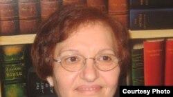 الدكتورة كاترين ميخائيل الباحثة العراقية بواشنطن