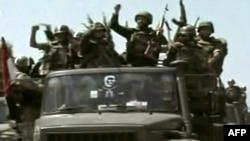 نیروهای نظامی سوریه در حال ورود به شهر جسرالشغور در مرز با ترکیه