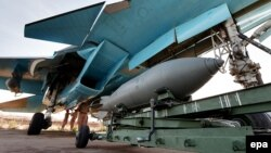 Сириядағы ресейлік СУ-34 ұшақтары.