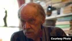 Писатель Борис Иванов