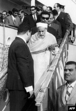 ادریس اول، پادشاه لیبی، به هنگام تبعید به مصر در اول نوامبر ۱۹۶۹، دو ماه پس از کودتا
