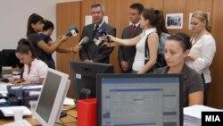 Новинари со министерот за земјоделство Љупчо Димовски