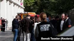 Pamje të vendit nga sulmi i djeshëm në Paris