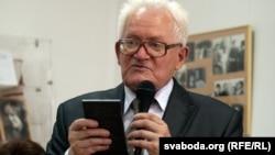 Адам Мальдзіс, архіўнае фота