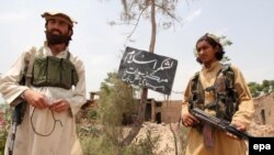 Islamic fighters on the Pakistani-Afghan border.