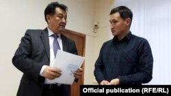 Министр здравоохранения Талантбек Батыралиев и автор проекта Эльзар Токтоназаров.