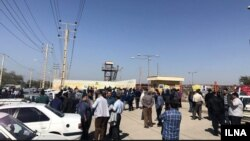 4,000 workers of a steel factory went on strike for their unpaid wages from January 2018.
