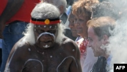 Австралийские аборигены хранят свои традиции и демонстрируют их на праздниках