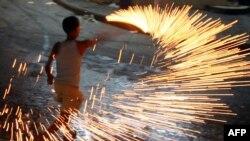 آتشبازی به مناسبت آغاز ماه رمضان در غزه