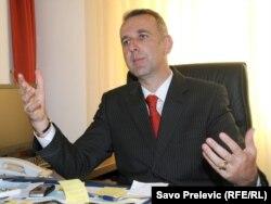 Dušan Raspopović