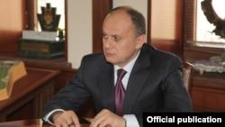 Экс-министр обороны Армении Сейран Оганян (архив)