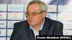 Қазақстан футбол құрамасының бас бапкері Юрий Красножан.