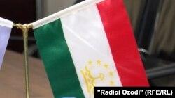 سالانه به طور اوسط شش و نیم هزار اتباع تاجکستان برای ادای فریضه حج به عربستان سعودی میروند.