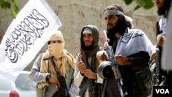 آرشیف/ برخی از جنگجویان طالبان