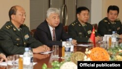 Armenia - Senior Chinese military officials hold talks with Armenian Defense Minister Seyran Ohanian, 13Jan2012.