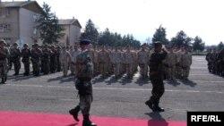 Архивска фотографија - испраќањето на македонски војници во Авганистан