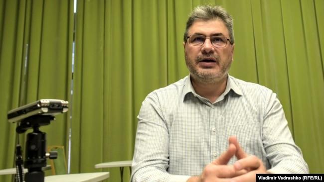 Istoricul Dorin Dobrincu de la Institutul A.D. Xenopol din Iași a studiat îndeaproape problema decalajului dintre regiunea Moldovei și celelalte regiuni românești. Chestiunea are și relevanță europeană. Moldova este una dintre cele mai sărace regiuni UE.