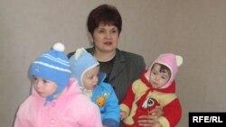 Valentina Buliga alături de copii