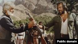 صحنهای از فیلم برزخیهای ایرج قادری