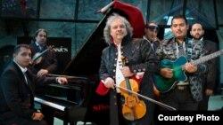 Роби Лакатош, унгарски виолинист.