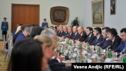 Sastanak srpske i turske delegacije na čelu sa Vučićem i Erdoanom