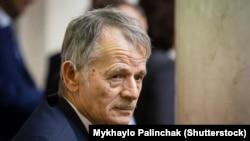 Лідер кримськотатарського народу, дисидент, правозахисник Мустафа Джемілєв