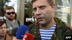 Ватажок угруповання «ДНР» Олександр Захарченко дає інтерв'ю іноземним журналістам в окупованому Донецьку, архівне фото