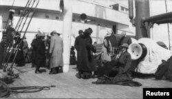 Спасшиеся пассажиры ''Титаника'' на борту ''Карпатии'', 18 апреля 1912 года