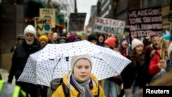 Gretha Thumberg la protestul de vineri