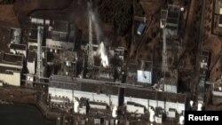 "Ситуация на ""Фукусима-1"" уже перешла рубеж просто ""критической"""