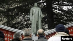 A monument to former Soviet dictator Josef Stalin in the Georgian village of Zemo Alvani (file photo)