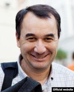 Prof.univ. Liviu Matei