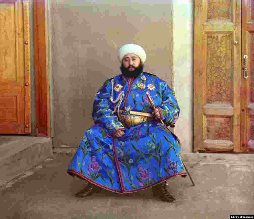 The emir of Bukhara, Alim Khan, in 1911 - The photographer took a portrait of the emir of Bukhara, the ruler of an autonomous city-state in Central Asia. With the establishment of Soviet power in Bukhara in 1920, the emir fled to Afghanistan, where he lived until his death in 1944.