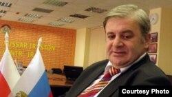 По словам Вячеслава Гобозова, меморандум о сотрудничестве будет способствовать созданию единого информационного пространства двух Осетий