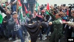 غضب الجموع في مسيرة عمان، 6 شباط 2015