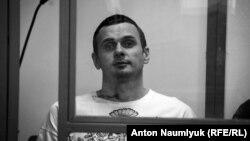 Олег Сенцов під час суду в Росії